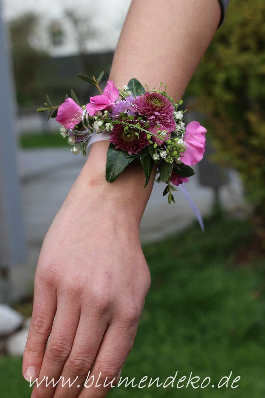 Blumenarmband Armcorsage Lila