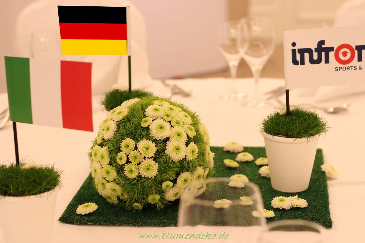 Blumendeko zum Länderspiel für das Marriott München