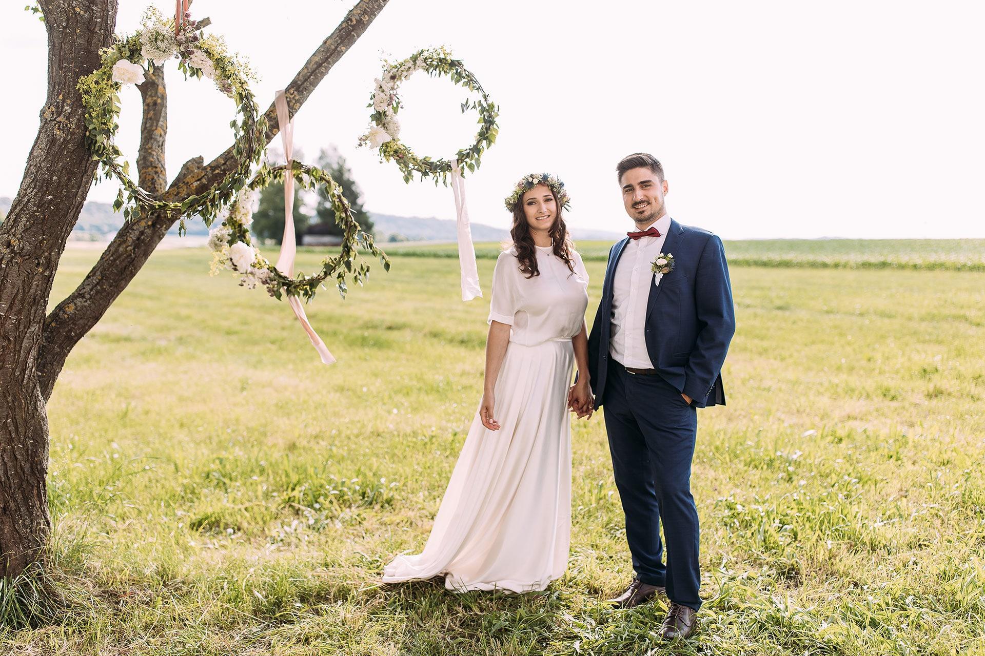 Hochzeit Blumen-Deko außen